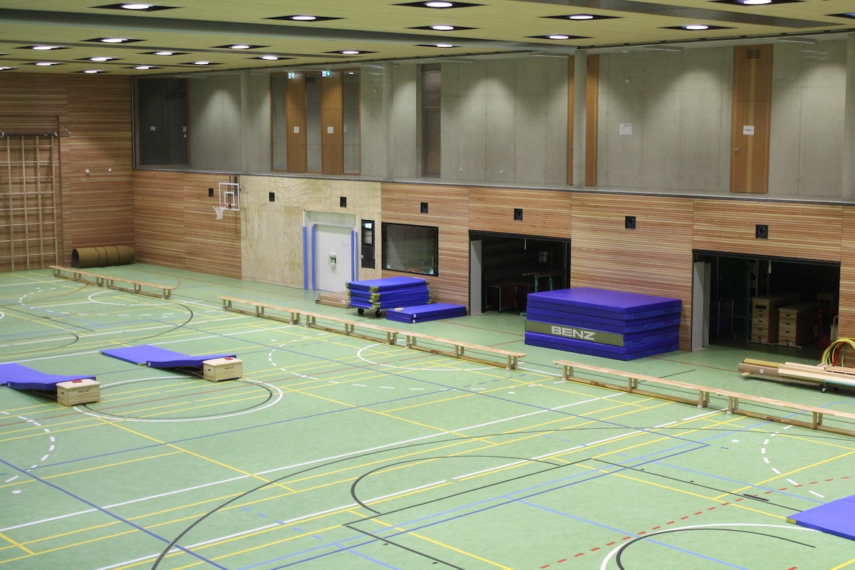 Luxstream-LED-Sporthallenbeleuchtung